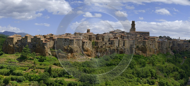 Pitigliano Tuscany Italy Toscana Italien Spring Fruehling Scenic Images - 013157 - 24-05-2013 - 15452x7003 Pixel
