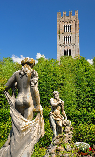 Pfanner Palace Gardens in Lucca