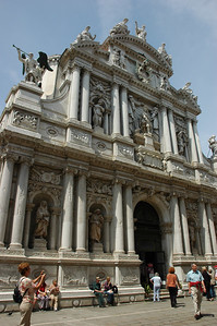 Santa Maria del Giglio (St. Mary of the Lily) One of the finest Baroque facades in Venice. Founded in the 9th century and rebuilt between 1678-1681.