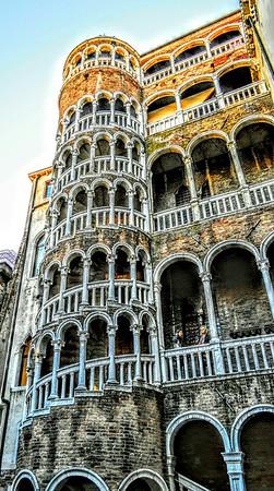 """""""Merrily-go-Round"""" - Palazzo Contrarini del Bovolo, Venezia"""