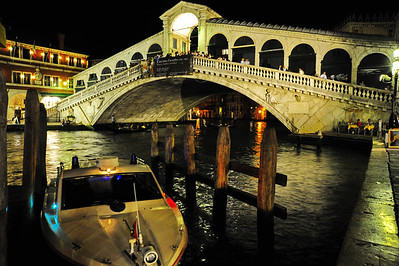 Realto_Bridge_Night_D3S5149