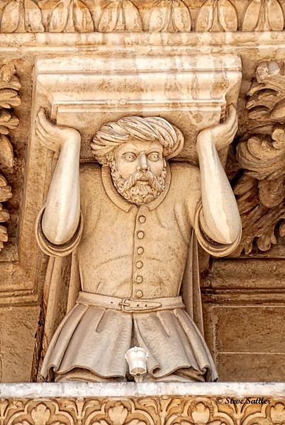 Outside Duomo Sculpture - L'Aquila, Italy