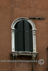 """ Window in Venice II """