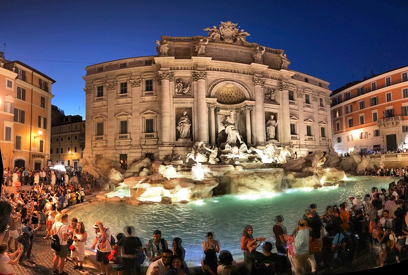 The Trevi Fountain. 2017.