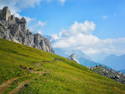 Richards__A Trail in the Dolomites