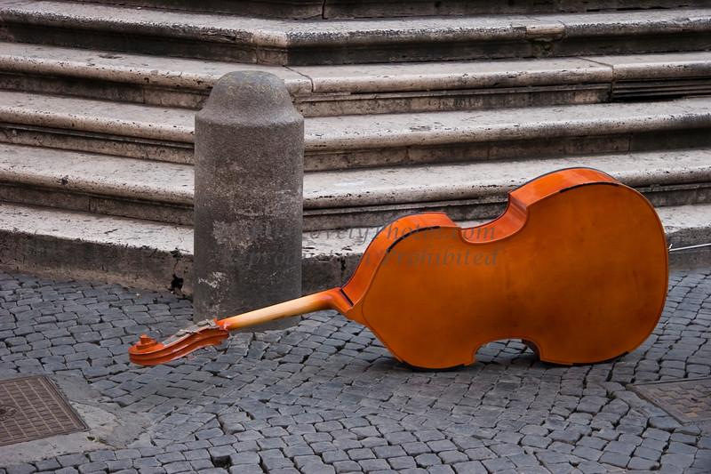 Bass in Campo di Fiore, Rome, Italy