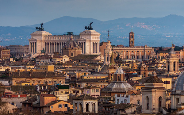 Altar of the Fatherland and Rome cityscape