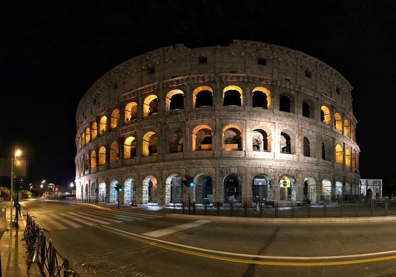 The Colosseum at night. 2017.