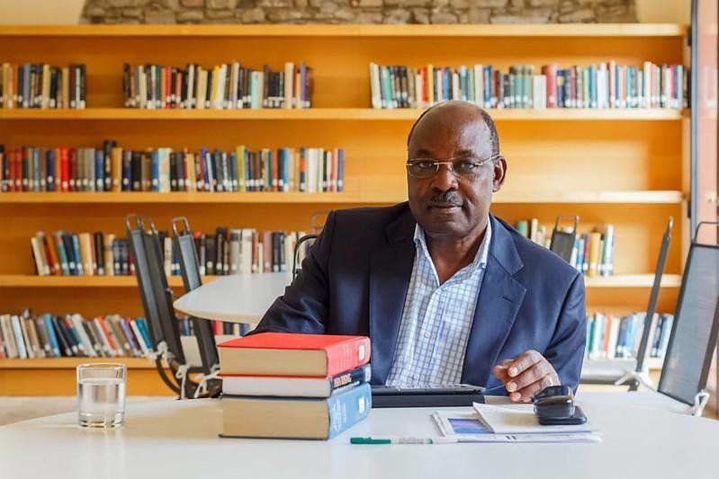 Meet Governor Jackton Ranguma of Kisumu County in Kenya.  #portraits #portrait #makeportraits #jackranguma #politician #kenya #igkenya #igersnairobi #vscokenya #vsco @africaknows @sheilainafrica  #african #african_portraits