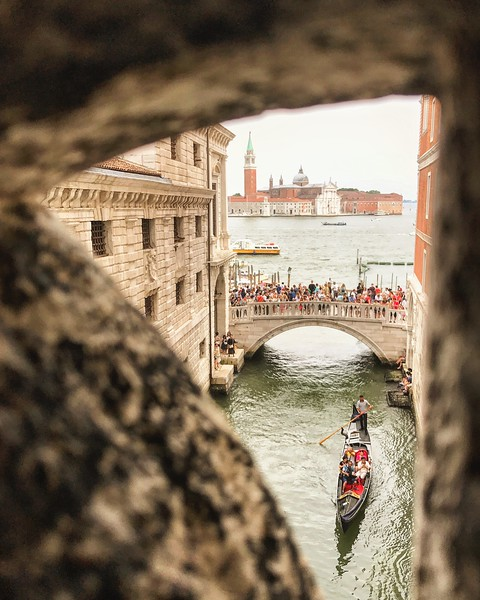 The view from the Bridge of Sighs. 2017.