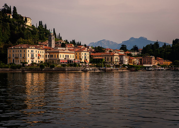 Richards__The Bellagio Waterfront in late afternoon