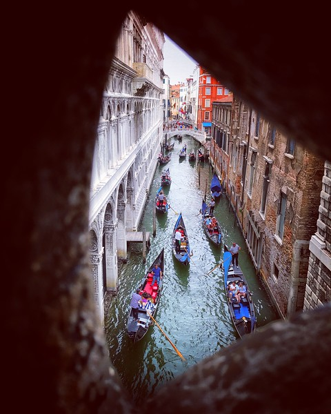 Venetian Traffic Jam. 2017.
