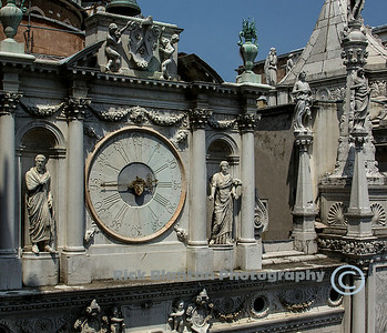 """ Doge's Palace Courtyard Clock """