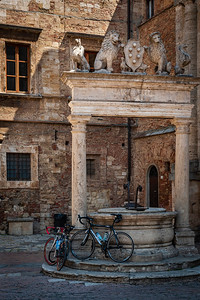 Bikes in Montepulciano
