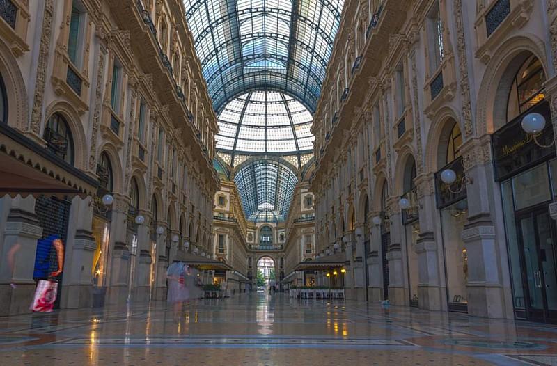 Milan's shopping haven. Galleria Vittorio  #TagDistrict.App #architecture @TagDistrict #primeshots #arquitectura #architettura #urbano #td_urban #udog_public #architectureporn #architecturelovers #building #buildings #urban #beautiful #cityscape #td #buil
