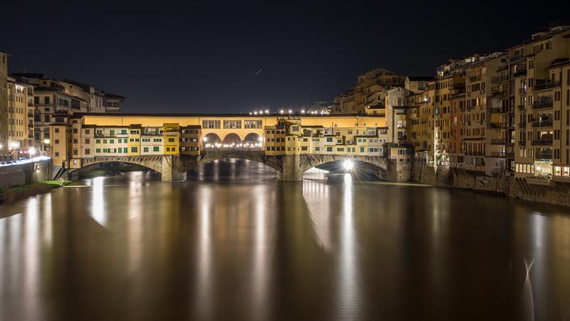 Jupiter rising over the Ponte Vecchio
