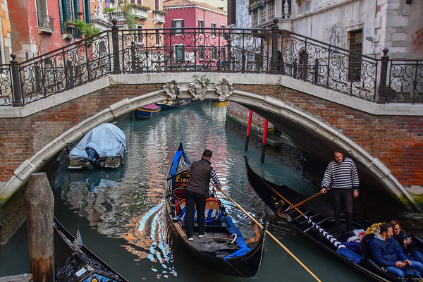 Life ih Venice - Canals Coming and Going