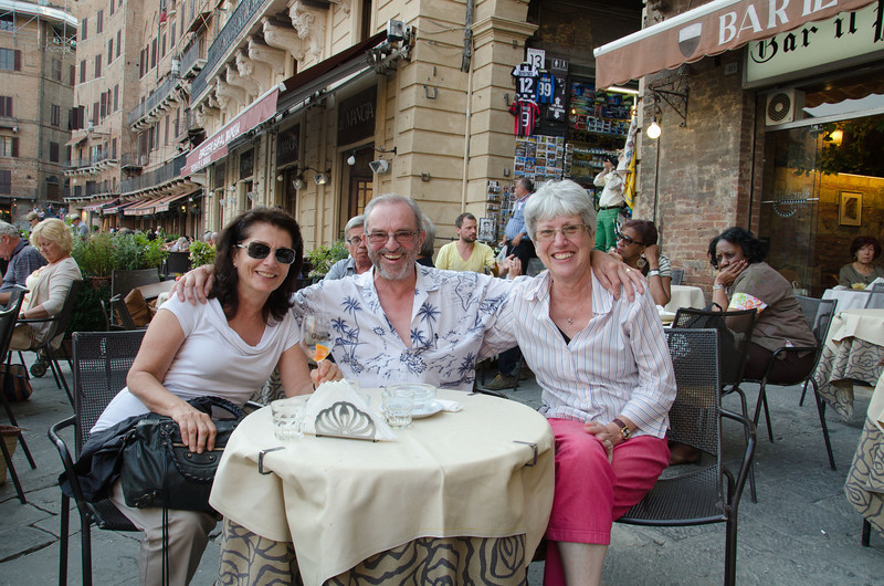Piazza Del Campo - Having a drink with some new friends, from Guernsey England, we met earlier in the day.