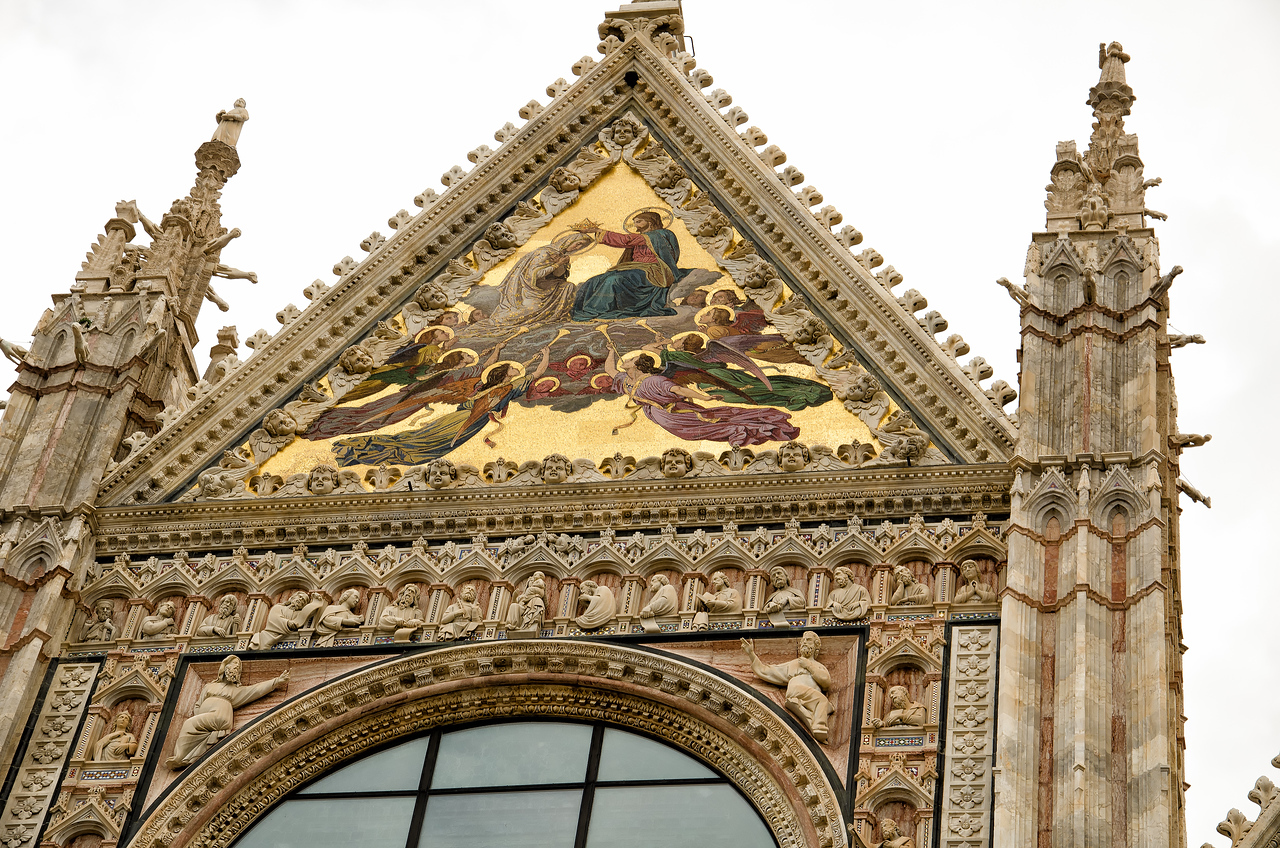 The Duomo was built during Siena's heyday (1225 to 1350) when Siena was a political and economic archrival of Florence.