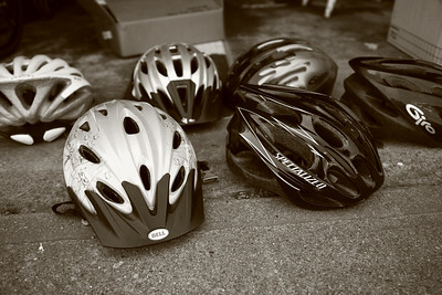 A lot of quality helmets.... 20 bucks a piece.  (See previous photos)
