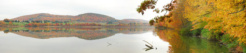 Fall foliage and Dryden lake