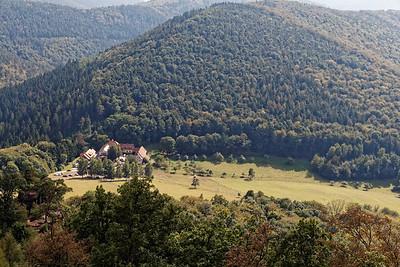 21-09 Etape 1 : Gimbelhof - Chateau de Loewenstein - Vue sur la ferme de Gimbelhof