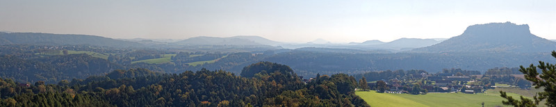 Sommet du Rauenstein, Lilienstein (droite)