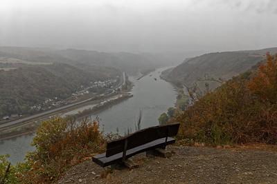 Le Rhin sous la pluie