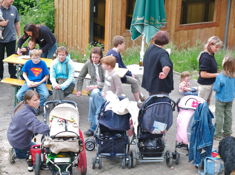 """Mon 4th jun 2007 - all the little """"chargers"""" are lined up in  thier prams, Kerstin does a quick pit stop on Cai. We meet up for a   conference BBQ saturday night."""
