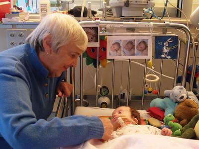 Cai's first time in Intermediate care unit 23.11.05 - 26.11.05