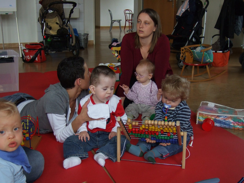 """Monday 3rd Sept 2003 - Cai ws given the job of treasurer at Kerstins playgroup for handicapped children, Kerstin would like to than all who have donated to the group we will be updating her website soon  <a href=""""http://www.kunterbunt-spielgruppe.ch"""">http://www.kunterbunt-spielgruppe.ch</a>"""