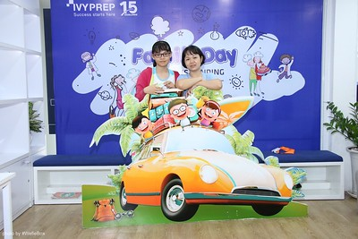 IvyPrep-Family-Day-2018-Photobooth-70
