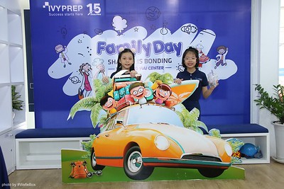 IvyPrep-Family-Day-2018-Photobooth-11
