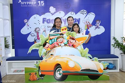 IvyPrep-Family-Day-2018-Photobooth-27