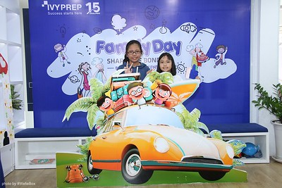 IvyPrep-Family-Day-2018-Photobooth-28