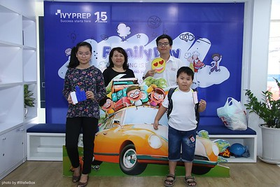 IvyPrep-Family-Day-2018-Photobooth-02