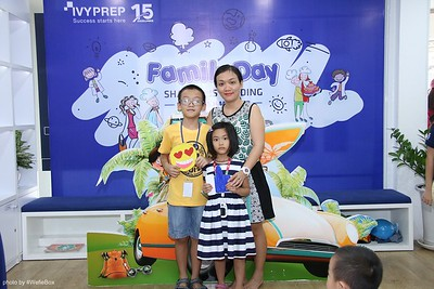 IvyPrep-Family-Day-2018-Photobooth-24