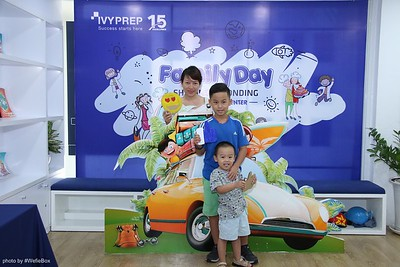IvyPrep-Family-Day-2018-Photobooth-05