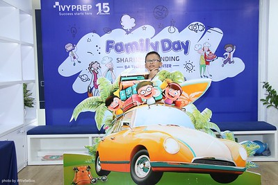 IvyPrep-Family-Day-2018-Photobooth-39