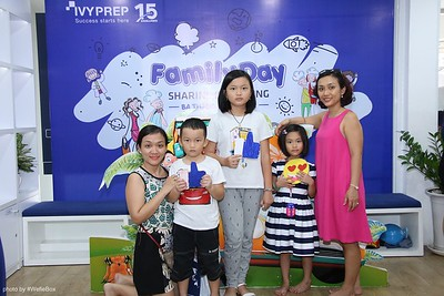IvyPrep-Family-Day-2018-Photobooth-22