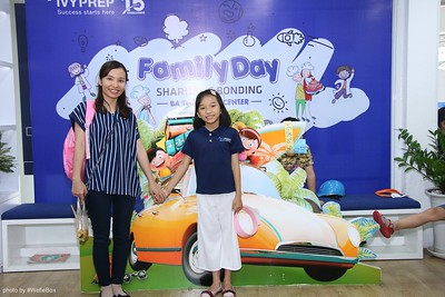 IvyPrep-Family-Day-2018-Photobooth-60