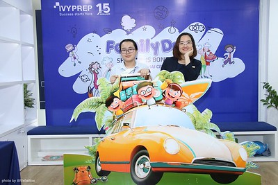 IvyPrep-Family-Day-2018-Photobooth-38