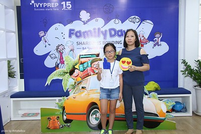 IvyPrep-Family-Day-2018-Photobooth-25