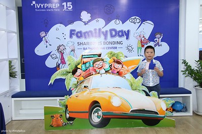 IvyPrep-Family-Day-2018-Photobooth-17