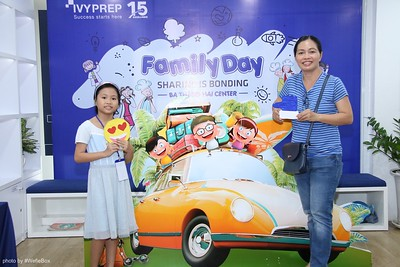 IvyPrep-Family-Day-2018-Photobooth-48