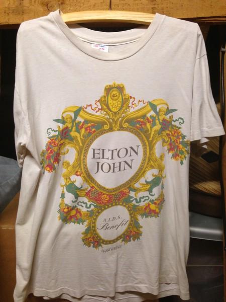 Elton John, 1993.