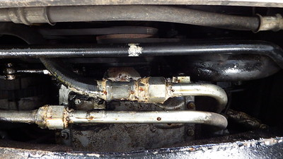 Oil cooler pipes leaking - sealed with silicone - unsatisfactory repair