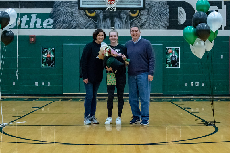 2 7 20 SENIOR NIGHT VARGBB DSW (007)