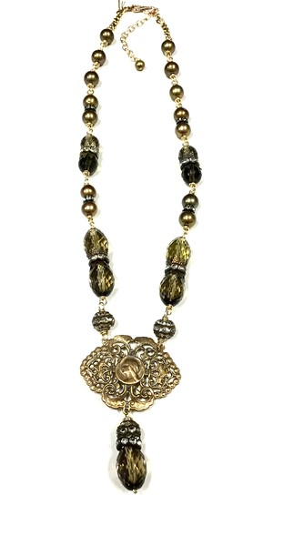 """7-RM256-ST CO129  SMOKY QUARTZ WITH BRONZE ROSARY CENTER ON RHINESTONE AND PEARLS  18 +2"""""""