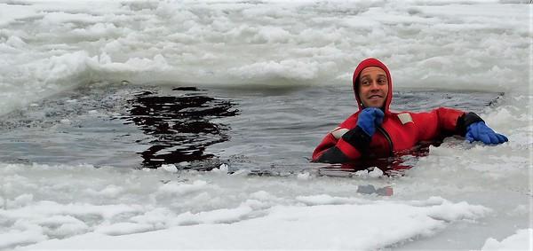 DA104,Haz Mat Ice Rescue